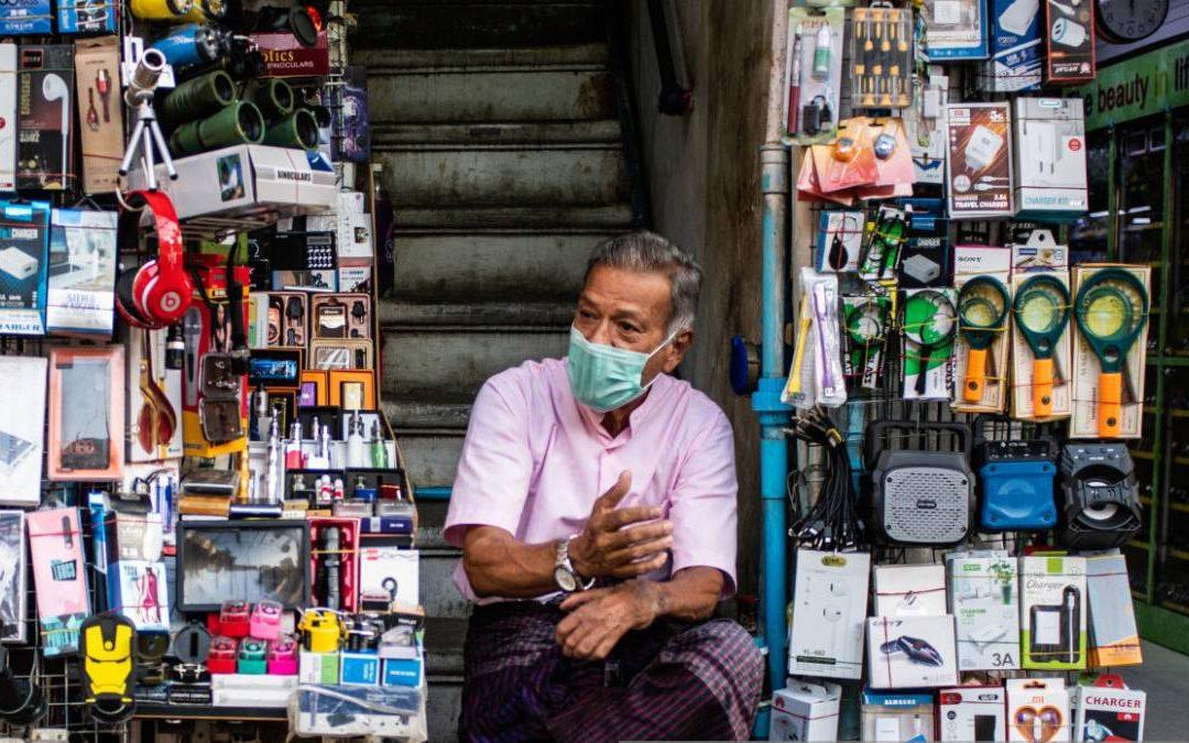 Llamado de urgencia al Ipes para la atención de vendedores informales, artistas y artesanos que realizan su actividad en las calles